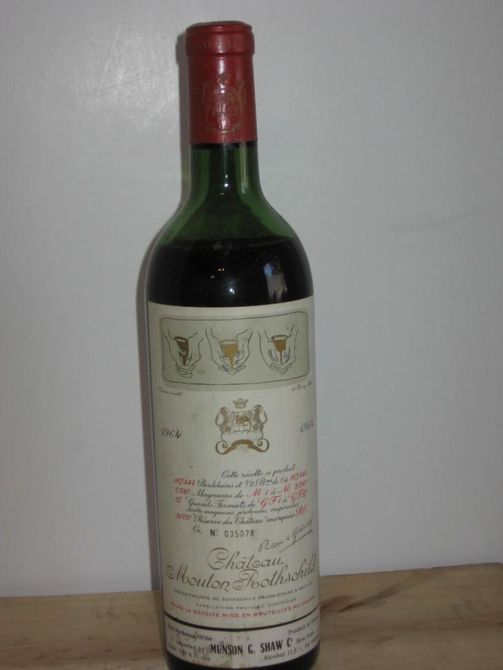 Chateau Mouton-Rothschild – etichete de vin celebre